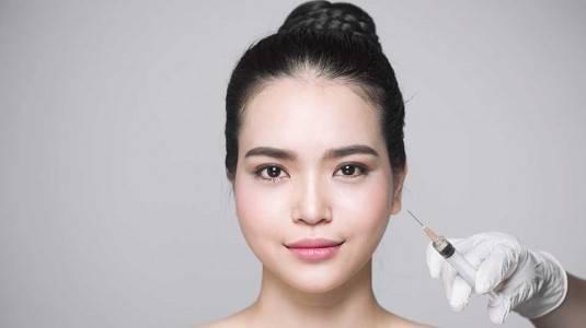 Moms, Pikir-Pikir Dulu Sebelum Melakukan Suntik Botox