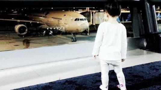 Tips Traveling Berdua dengan Bayi di Pesawat
