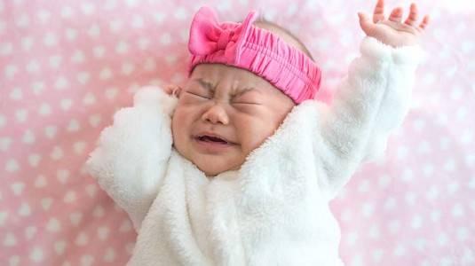 Simak dan Pelajari Cara agar Bayi Tidak Rewel Waktu Mau Tidur