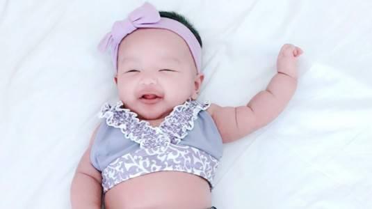 Usia Berapa Bayi Boleh Renang?