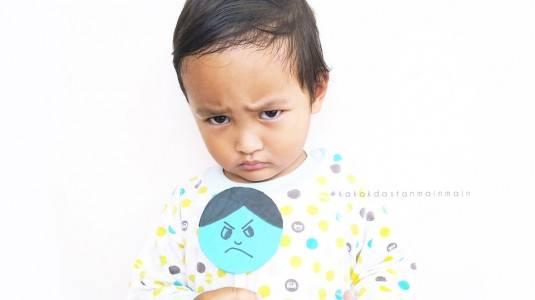 Pentingnya Mengenalkan Emosi pada Anak