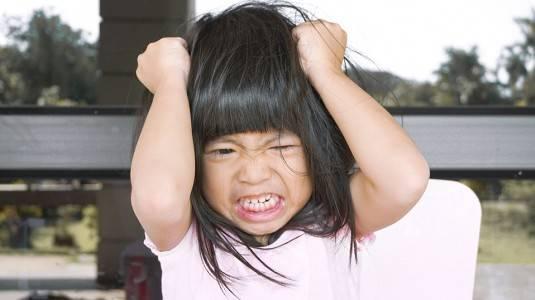 Si Kecil Mudah Marah? Simak 5 Cara Mengatasi Amarah Anak