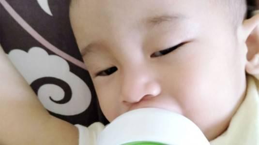 Design Botol Susu Dr. Brown's Meminimalisir Kolik pada Anak