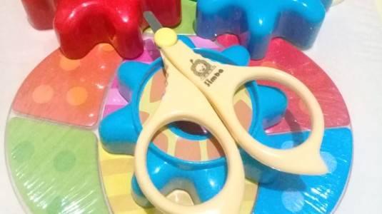 Mudahnya Menggunting Kuku si Kecil dengan Simba Nail Scissors/Nail Clipper