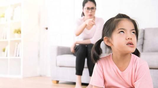 Si Kecil Suka Melawan? Ini 4 Cara Mengatasi Anak Keras Kepala