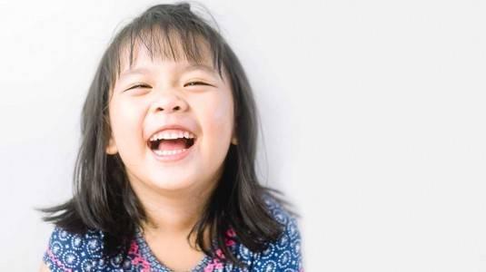 Menjaga Kesehatan Gigi Anak dengan Tooth Mousse