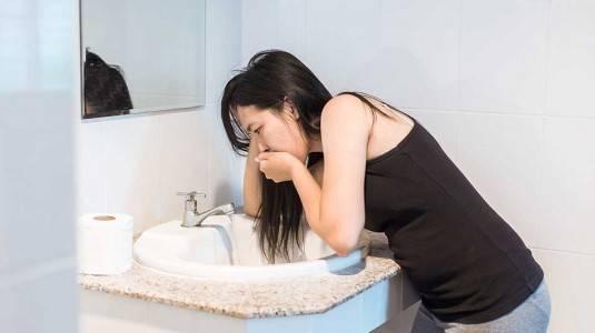 Apa Bedanya Morning Sickness dan Hiperemesis Gravidarum?