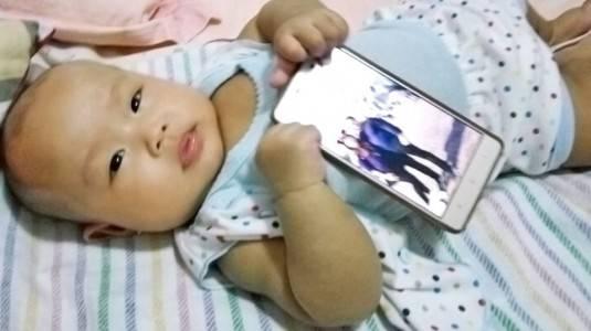 Dampak Buruk Gadget bagi Anak