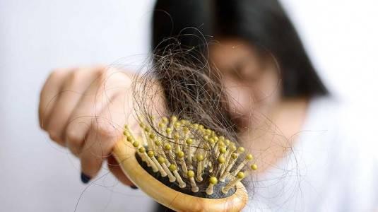 Mengatasi Rambut Rontok Ketika Menyusui