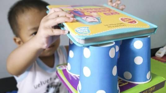 Ide Bermain untuk si Kecil: Tower Book