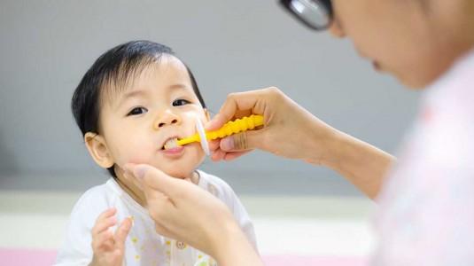 Mengajari Anak Sikat Gigi Sejak Dini