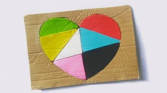 Ide Bermain: DIY Heart Puzzle