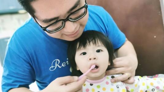 Pentingnya Menjaga Gigi Anak sejak Dini