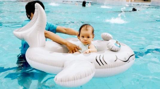 Anak Takut Berenang? Coba 5 Tips Berikut Ini