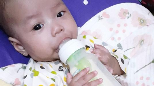 Perhatikan Air untuk Membuat Susu Formula pada Bayi