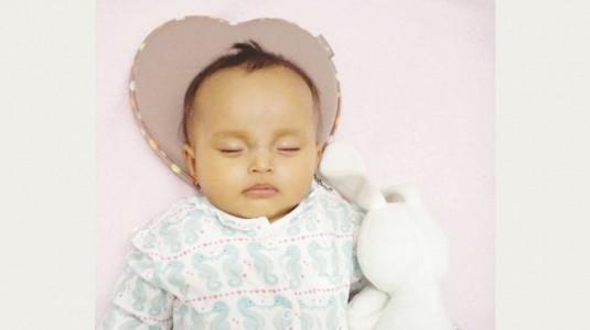 Kepala Peyang Bayi Bisa Dicegah Dengan Penggunaan Bantal yang Tepat