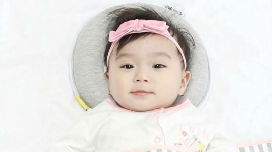 Bantal Babymoov Lovenest+ Pilihanku Untuk Mencegah Kepala Peyang