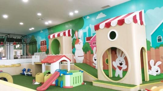 Bermain Sambil Belajar dengan Seru & Menyenangkan di Miniapolis Playground