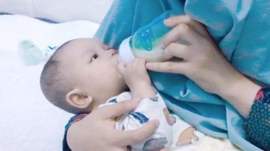 Pengalaman Baby Ei Menggunakan Produk Dr. Brown's