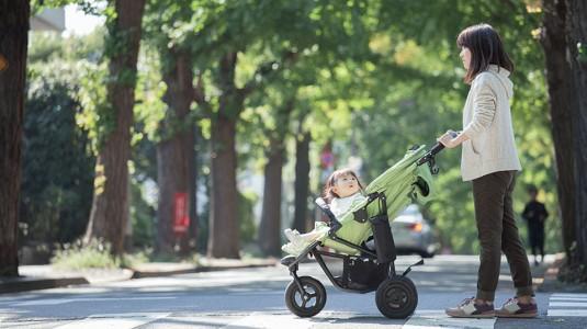 Lagi Nyari Stroller? Simak 5 Tips Memilih Stroller Ini, Yuk!