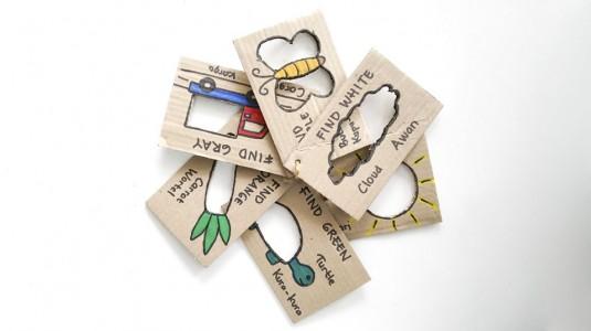 Ide Bermain Untuk si Kecil: Colour Hunt Cards