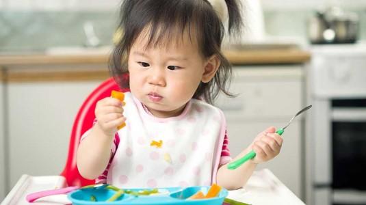 Tips agar Anak Mau Mencoba Makanan Baru