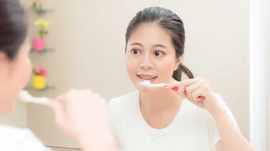 Mual Tiap Kali Menyikat Gigi Saat Hamil?