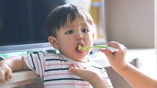 10 Alasan Mengapa Pemilih Makanan Sangat Lazim Ditemukan pada Balita