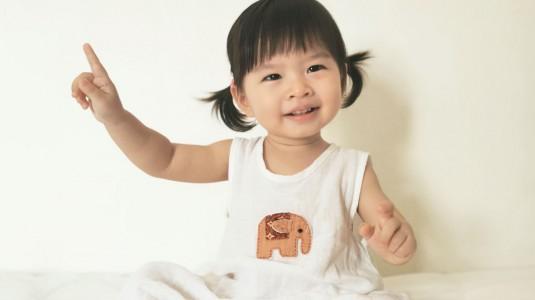 Usia 18 Bulan, Anakku Sudah Bisa Berhitung 1-10 dalam 3 Bahasa! Apa Tipsnya?