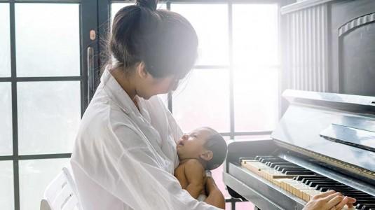 Benarkah Sering Mendengarkan Musik Klasik Dapat Membuat Bayi Lebih Pintar?