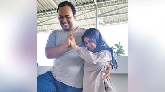 Manfaat Prenatal Yoga Couple