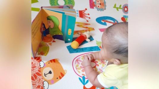 Stimulus untuk Mengembangkan Bahasa Bayi Sedini Mungkin