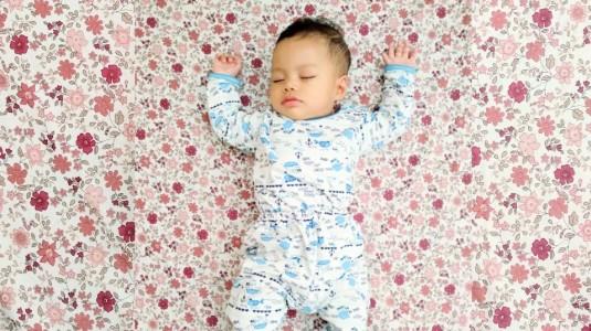 Botol Susu yang Tepat Membuat Tidur Bayi Anda Lebih Berkualitas