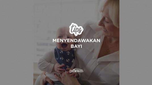 Tips Menyendawakan Bayi