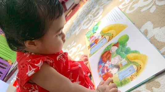 Yuk Kenalkan Aktifitas Membaca Kepada Anak Sedari Lahir