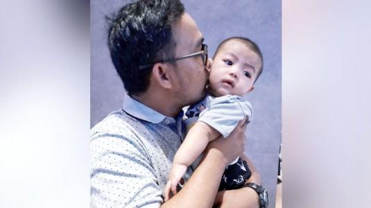 Tidak Hanya Ibu, Ternyata Ayah Juga Rentan Mengalami Baby Blues