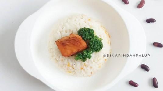 Resep MPASI Salmon Panggang & Nasi Kacang Merah (17M+)