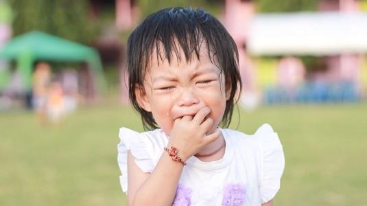 Mencegah & Menyikapi Anak yang Tantrum di Tempat Umum