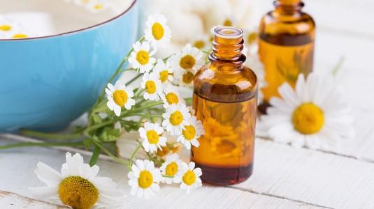 Chamomile Oil, Rahasia Tidur Nyenyak dan Kulit Sehat si Kecil