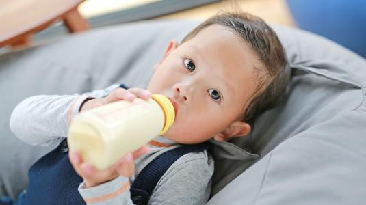 Susu Dengan Cod Liver Oil Membantu si Kecil Makin Cerdas
