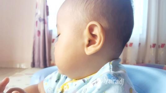 Telinga Anak Berbau? Langsung Periksakan Ke Dokter Spesialis THT ya Moms!