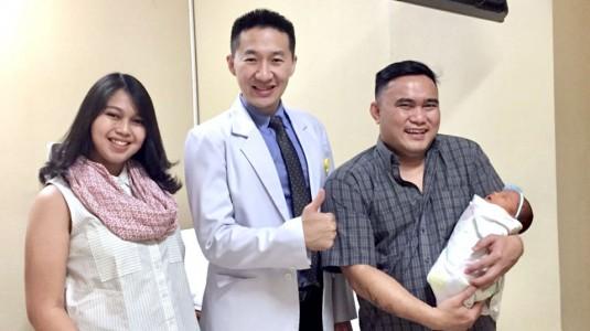 Rekomendasi Obgyn di RSIA Grand Family: Dr. Hendrik Sutopo, M. Biomed, S.PoG