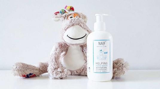 Babyo Review Naif Helping Handwash