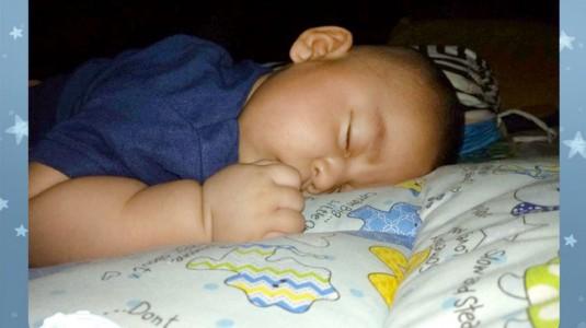Membiasakan si Kecil Punya Jam Tidur Malam