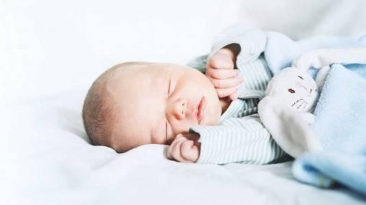 Tips dan Cara Merawat Bayi Baru Lahir Dengan Benar