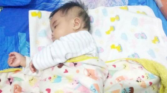 Khasiat Memakai Minyak Telon untuk si Kecil
