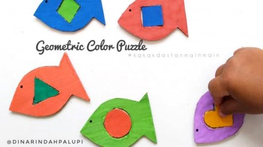 Ide Bermain Anak - Geometric Color Puzzle