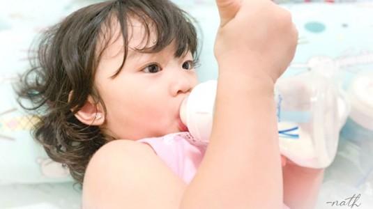 Seberapa Penting Botol Susu Anti Kolik untuk Bayi?