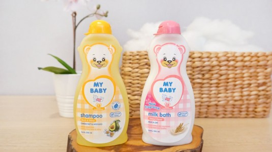Babyo Review MY BABY Black & Shine Shampoo dan MY BABY Milk Bath Sweet Floral