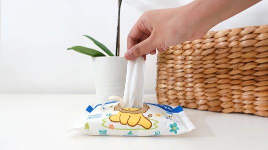 Pentingnya Memilih Wipes yang Aman untuk si Kecil